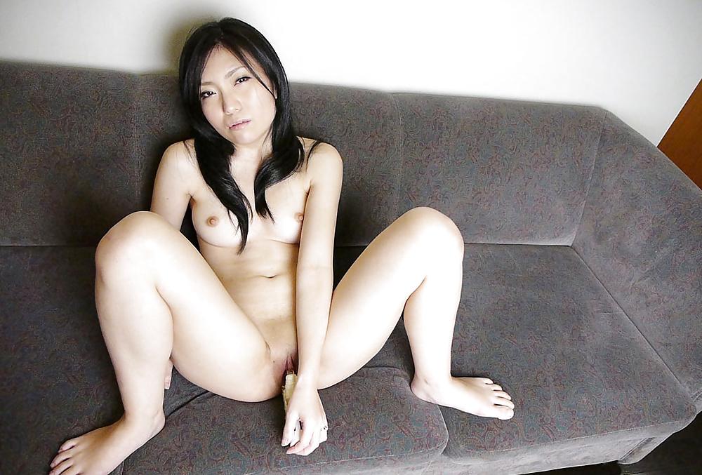 Schönen Mädchen blasen die Schwänzen in Bildern