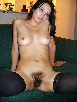Teenager Mädchen mit kleine und große Brüsten