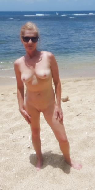 Erotische Mature Blonde in kostenlos Fotos