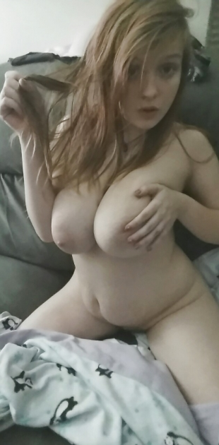 Love Courtney's free bbw solo porn fucking